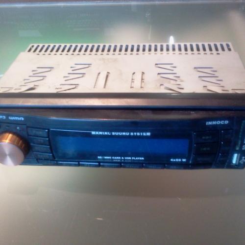 USB rádió MNC Innocd MP3 WMA USB Pendrive & Memóriakártya lejátszó Támogatott memóriakártya típusok: SD, MMC USB foglalat Támogatott formátumok: WMA, MP3 Track - File - Directory keresés Intro - Random - Repeat lejátszás Rádió (FM) Kimenő teljesítmény: 4X50 W Kimenet: 4 RCA 5000Ft