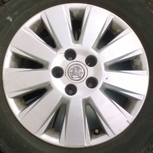 Opel Vectra C Alumínium felni 16 col 4db szett 215/55 R16 Cinturato gumival 60000Ft