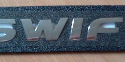 Suzuki Swift embléma, felírat, logó 77831-63J10  Ft/db 3500Ft