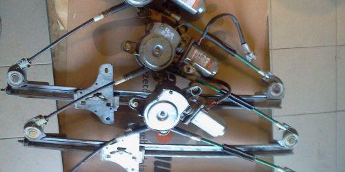 Suzuki Wagon R+ bal oldali első elektromos ablakemelő szerkezet és motor Ft/db 10000Ft