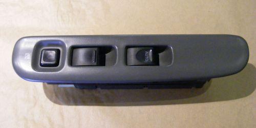 1996-2003 Suzuki Swift - Bal oldali ablakemelő kapcsoló 3 ajtóshoz.  8000Ft